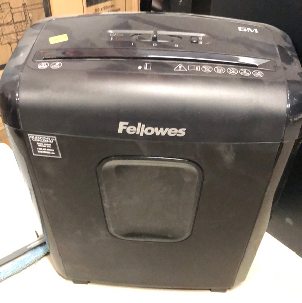FELLOWS 6M paper shredder
