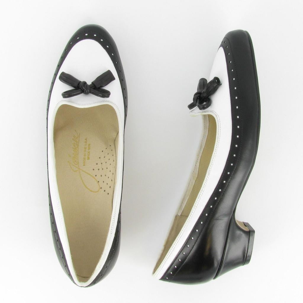 CHIT-CHAT, Black/ White Leather