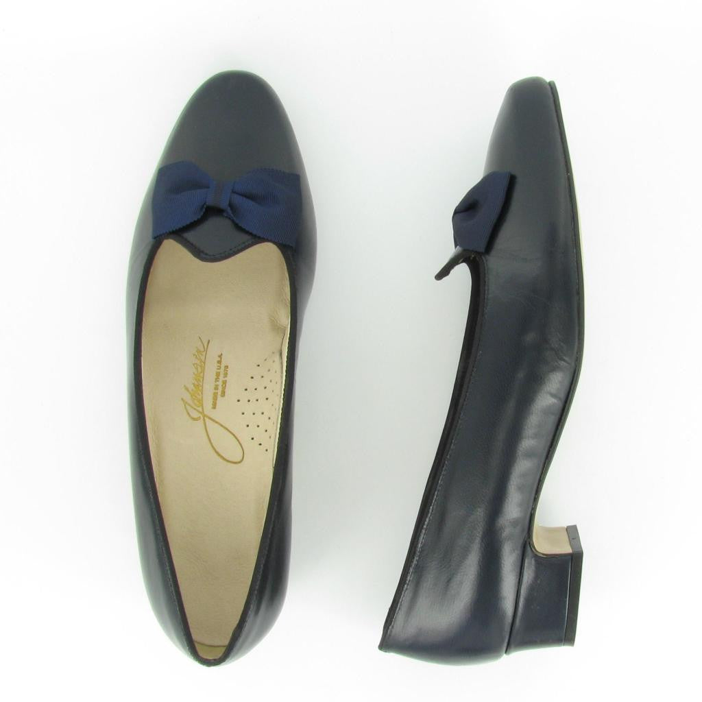 MYRA, Navy Leather