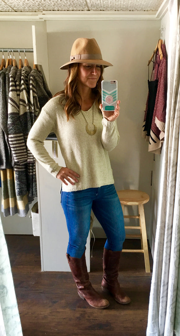 V Neck Sweater in White Beach