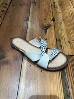 Ponder Sandal - Cow Hair Polka Dot/Natural