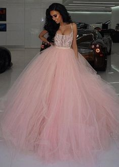 Charming Tulle Scoop Neckline Ball Gown Wedding Dresses With Lace Appliques & Rhinestones & Belt