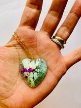 Load image into Gallery viewer, Blue Resin Heart Necklace