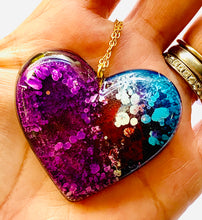 Load image into Gallery viewer, Purple Alcohol Ink Resin Heart
