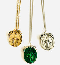 Load image into Gallery viewer, Vintage Religious Pendant Necklace