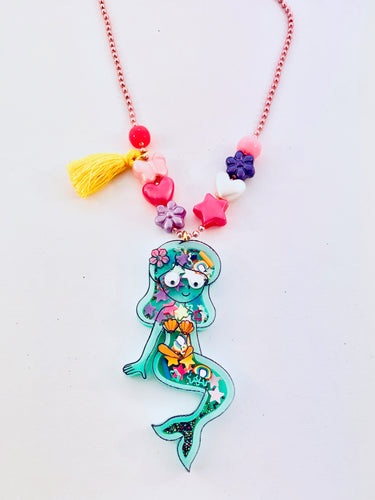 mermaid shaker necklace