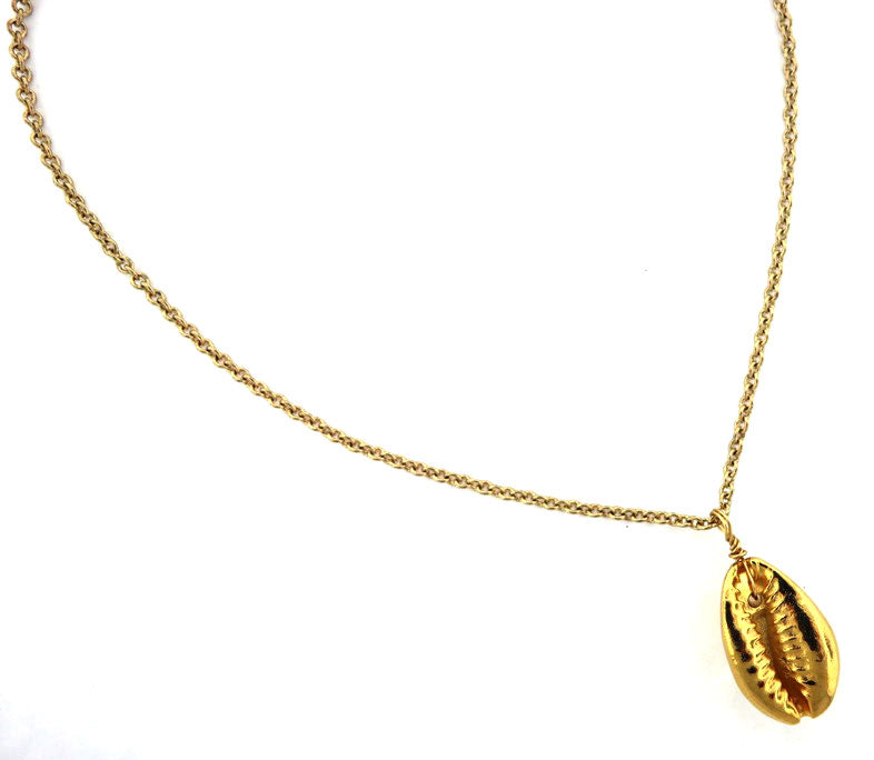 Layering Gold Shell Necklace