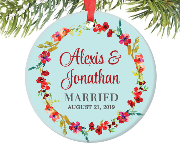 Married Couple Christmas Ornament, Personalized | 324