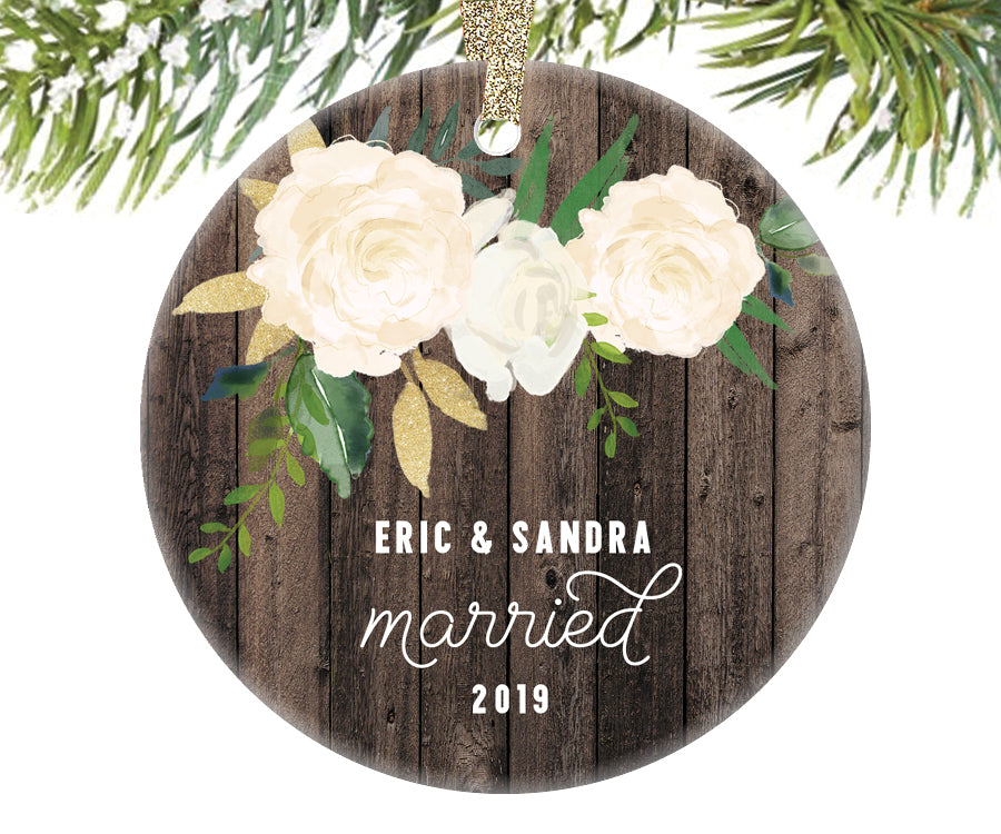 Married Couple Christmas Ornament, Personalized | 336