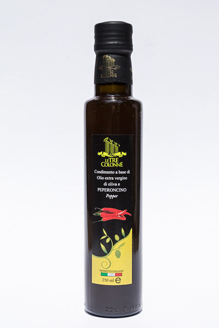 2017 Le Tre Colonne Peperoncino (Chili Pepper) Flavored Olive Oil 250ml