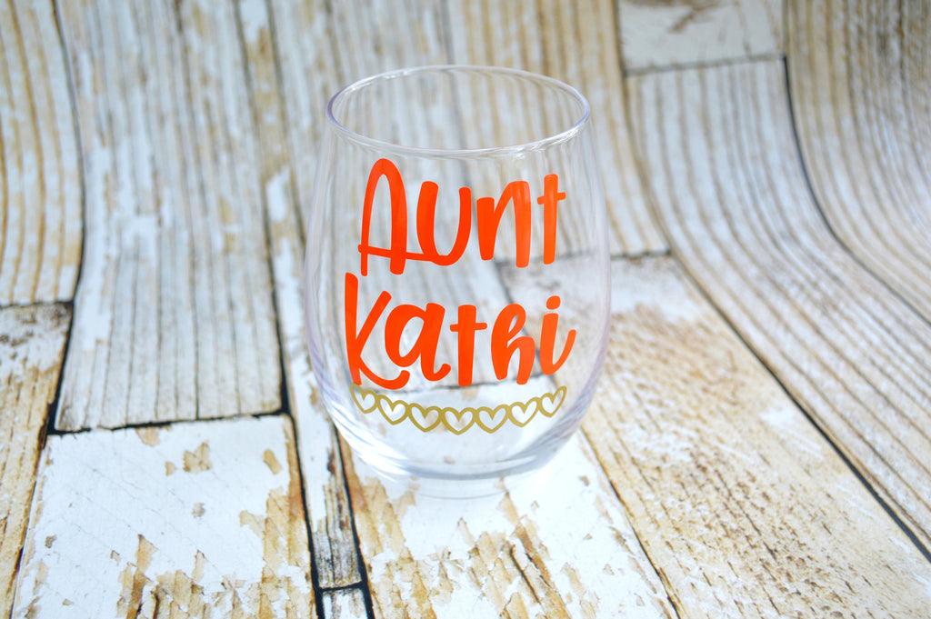 personalized aunt wine glass