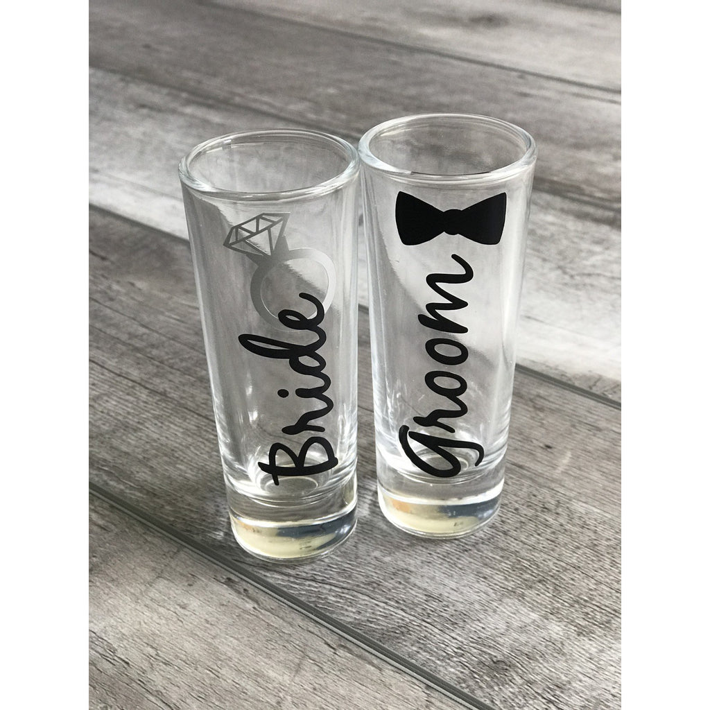 bride and groom 2 oz shot glass set with black text black bow tie silver ring