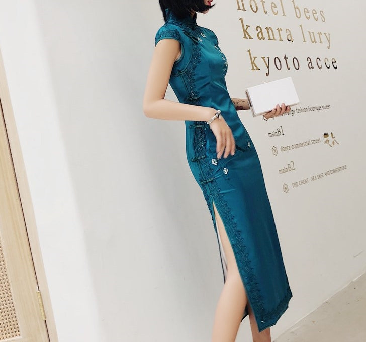 Ethereal long cheongsam (preorder/ 4 colours)
