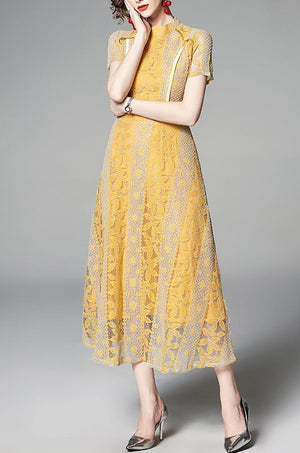 Dayla dress (READY STOCK IN M (Blue) and XL (yellow)/ 2 colours)