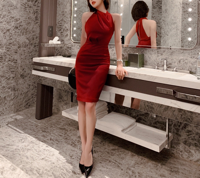 Crimson dress (preorder)