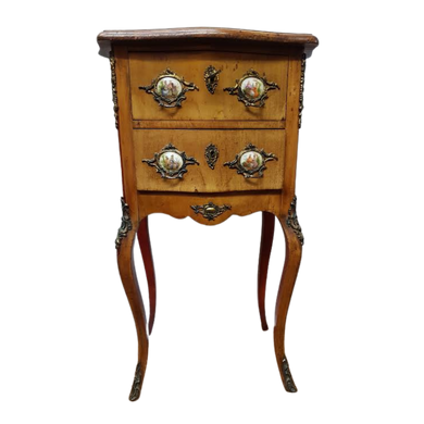 Small Victorian Petite Commode