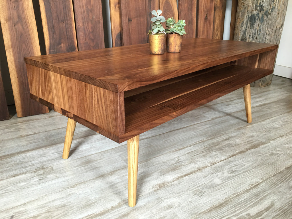 Classic Mid Century Modern Coffee Table   JeremiahCollection   1