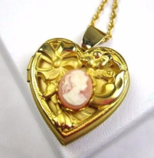 Lady Cameo Locket, Heart Locket, Pendant, Victorian Revival, Vintage Jewelry
