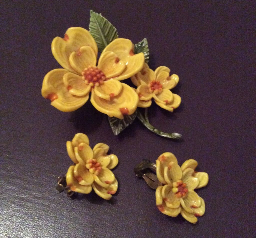 NOW SOLD Yellow Flower Brooch, Vintage Jewelry Set