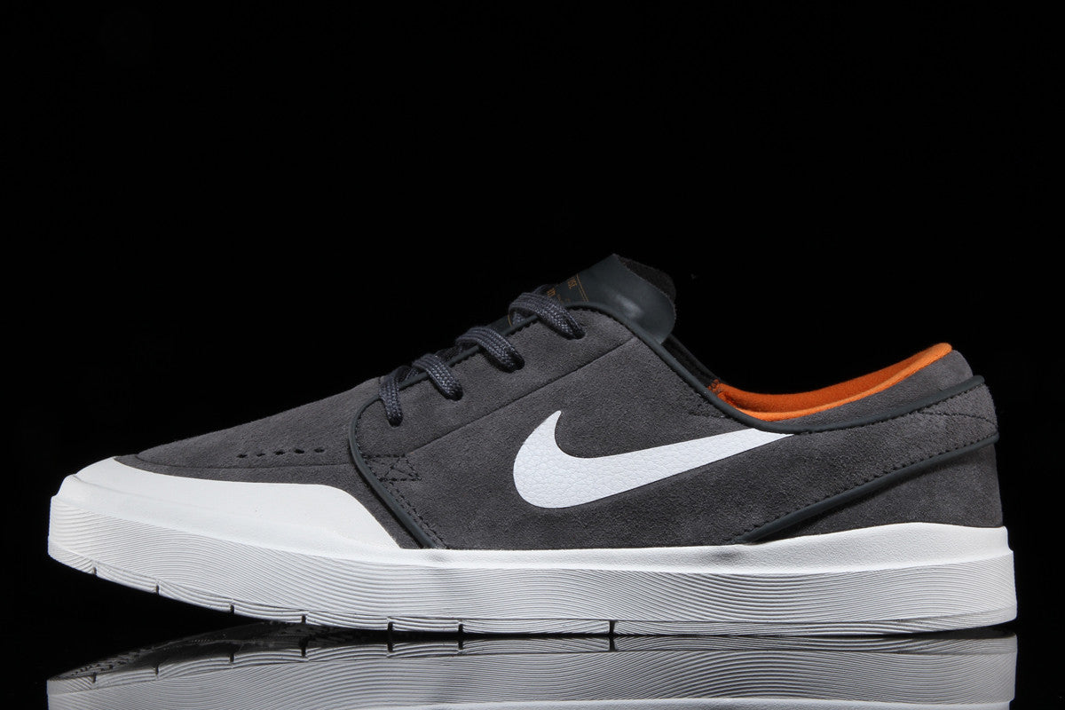 sports shoes 26f54 9ed96 Stefan Janoski Hyperfeel XT – Premier