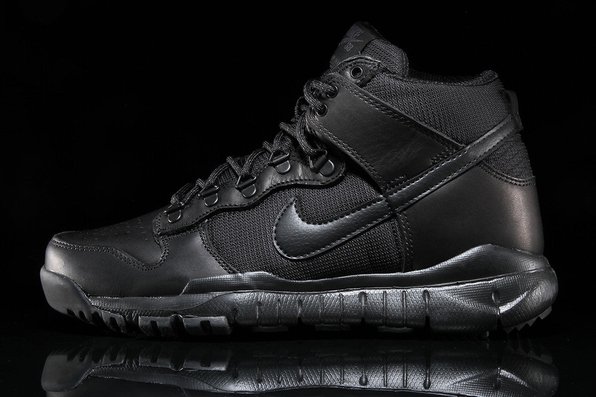 Dunk High Boot