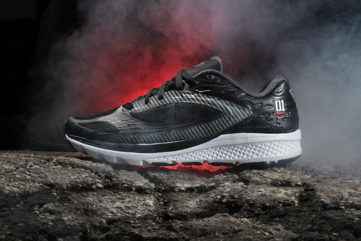 "SAUCONY KINVARA 7 ""NIGHT STRIKE"""