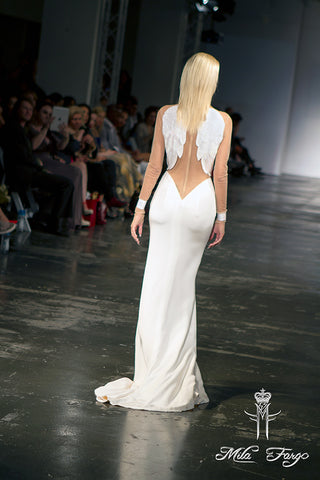 Mila Fargo Angel Of Resurrection Gown back runway look 5 / EXOS COUTURE SHOW 2015 /16