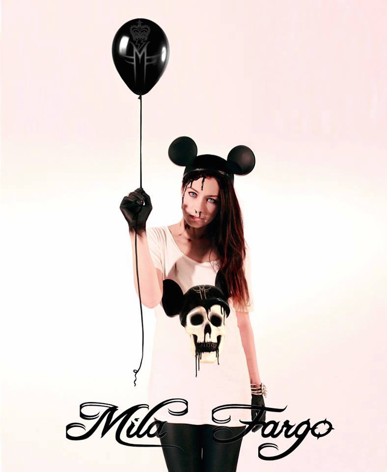ARTCYNIC ECO LUXE COLLECTION CAMPAIGN T SHIRTS MILA FARGO 2012 / DISNEY MOUSE DECAY MICKEY SKULL POP SURREAL BLACK BALLON VIKI BARTZIOKA GREEK MODEL