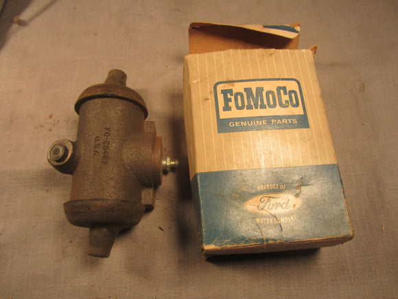 1957 Ford wheel cylinder B7Q-2261-A - Andrew's Automotive Archaeology