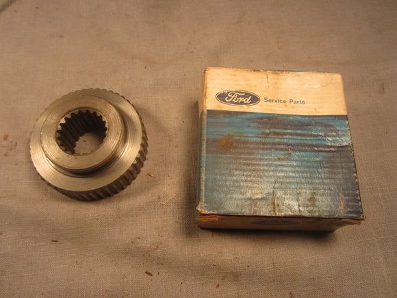 1959-1966 Ford F100 F250 4x4 front axle drive gear C0TT-1245-A - Andrew's Automotive Archaeology