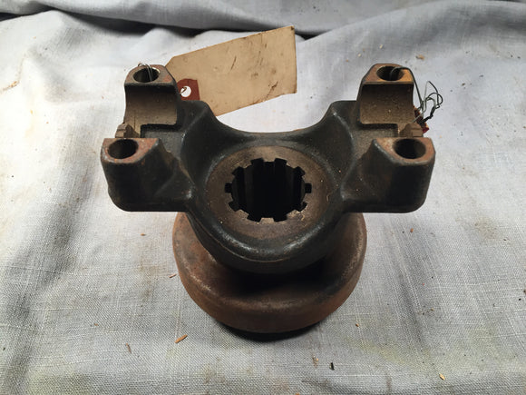 1968-1975 Ford B500 F500 rear axle drive shaft flange 8TH-4851 - Andrew's Automotive Archaeology
