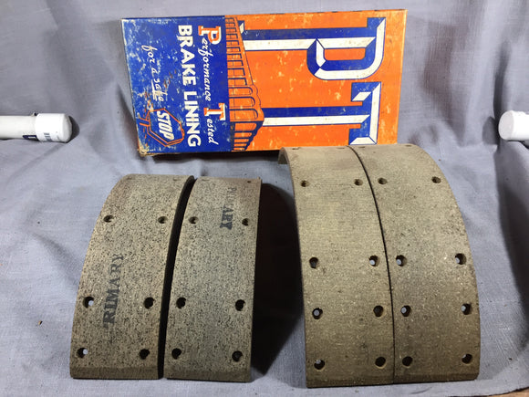 1952-1954 Buick front axle brake lining set - Andrew's Automotive Archaeology