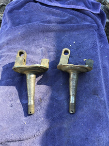 1928-1931 Ford Model AA truck spindles pair good used - Andrew's Automotive Archaeology