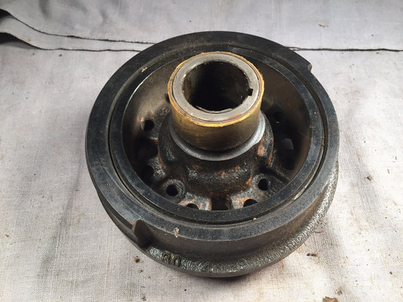 1972-1973 Ford 302 harmonic balancer damper assembly D2OZ-6316-A NOS - Andrew's Automotive Archaeology