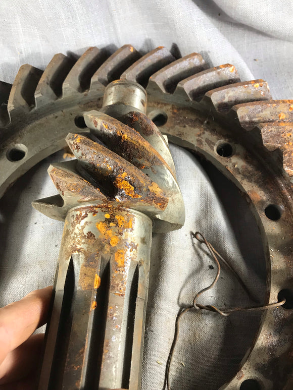 1940 Chevrolet 1 1/2 ton truck ring and pinion 6.17:1 37-6 NORS - Andrew's Automotive Archaeology
