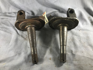 1928-1931 Ford Model A Model AA spindles pair - Andrew's Automotive Archaeology