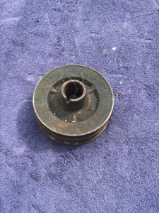 1933-1938 Ford flathead 90 HP double crankshaft pulley - Andrew's Automotive Archaeology