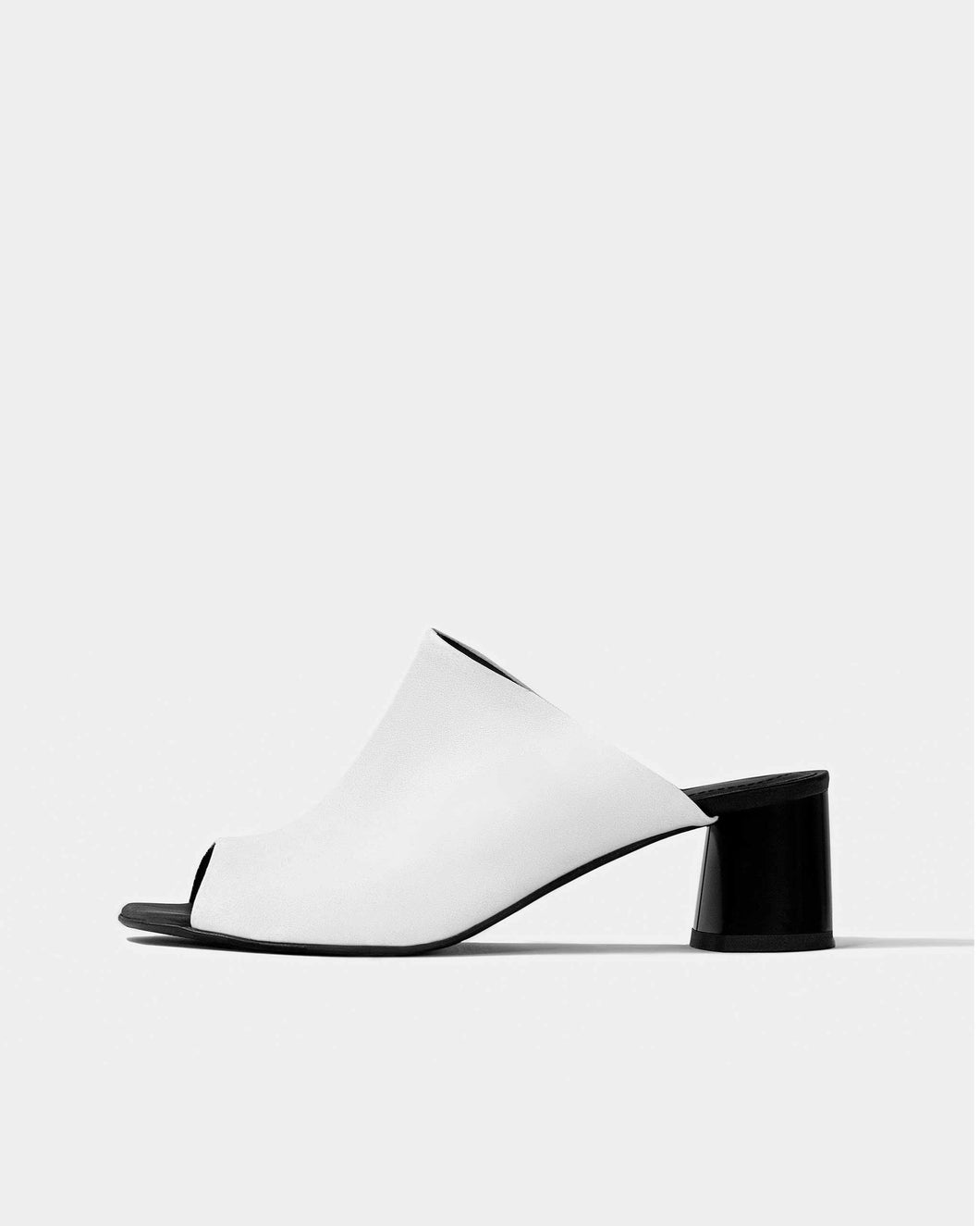 Uptown White Nopal cactus leather sandals