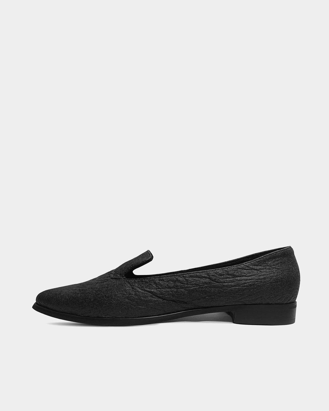 Lords Black Pina loafers of Pinatex