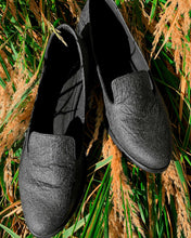 Load image into Gallery viewer, Lords Black Pina loafers of Pinatex