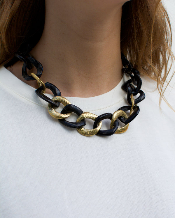 SALAMA NECKLACE