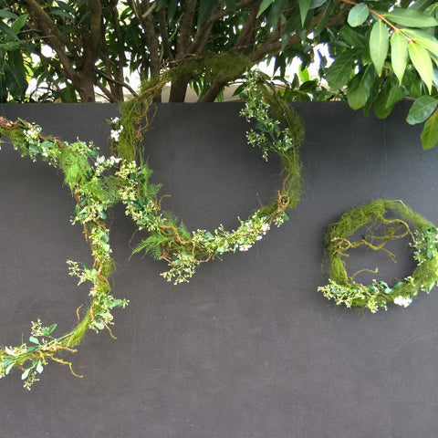 Ceremony Backdrop Twig & Moss Wreath Set
