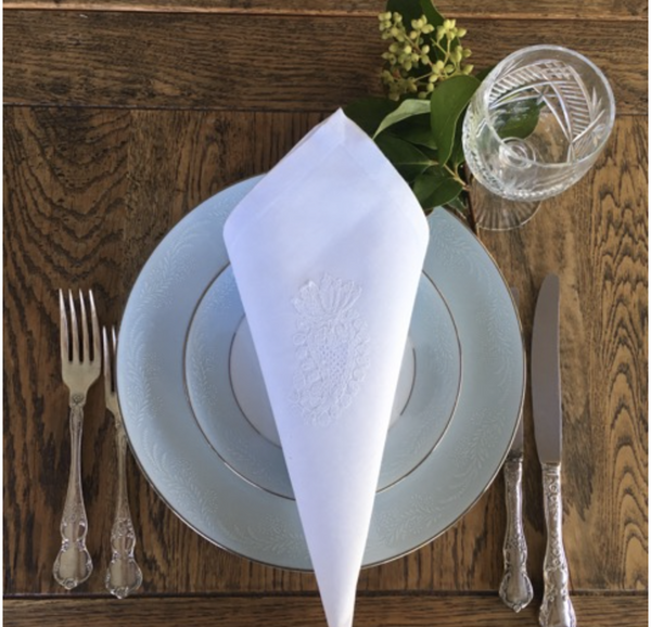 Table SettingWhite Embroidered Napkins