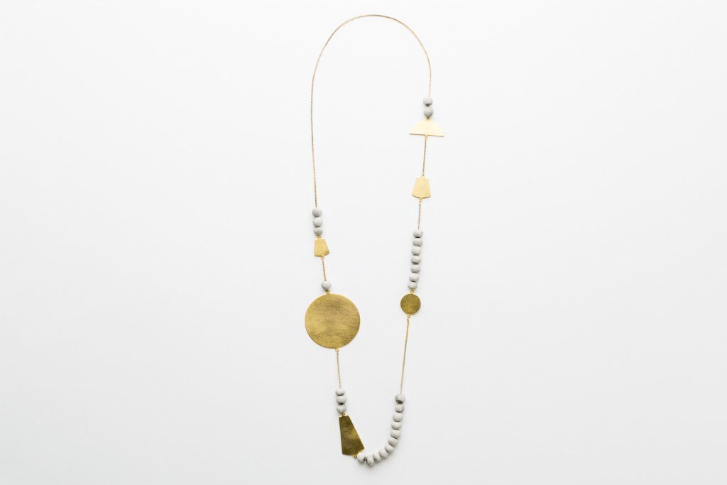 Sabah shapes necklace grey/gold