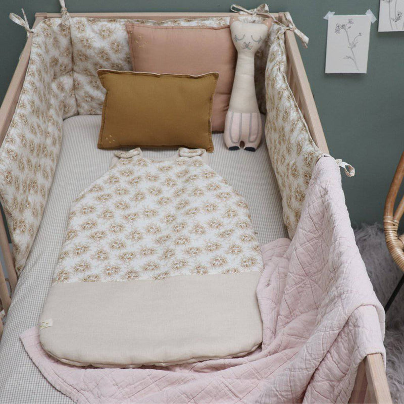 Camomile London | diamond cotton kids blanket | pearl pink - in cot