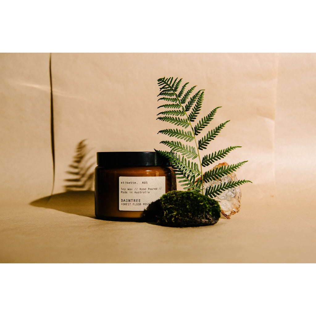Etikette soy candle | daintree forest floor moss & teak | 500ml