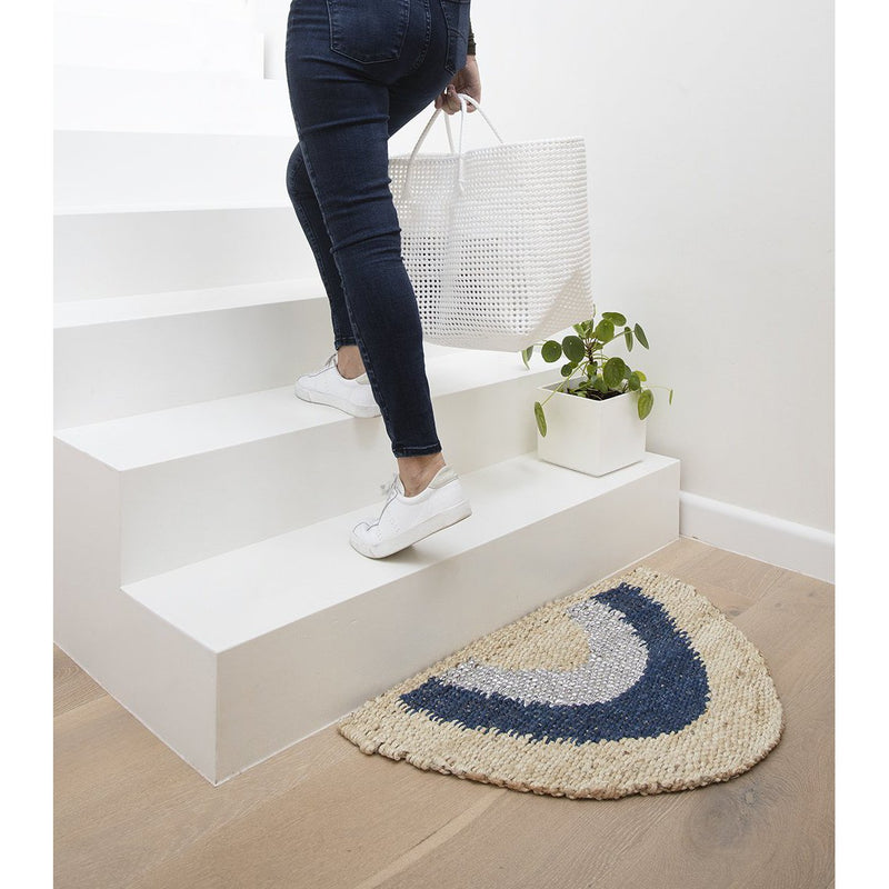 "Langdon | ""Aquarius #1"" handwoven doormat - stairs"