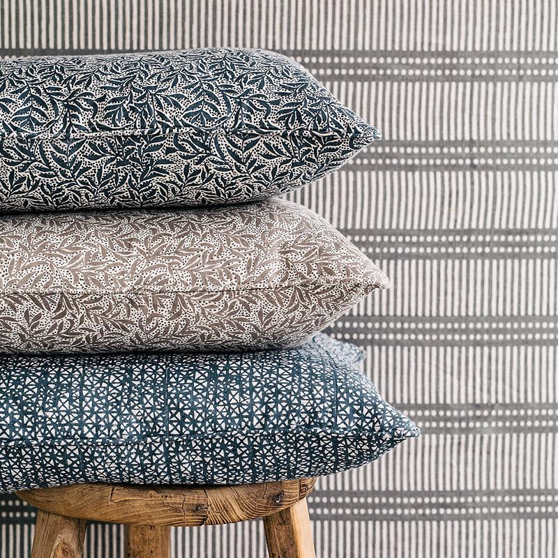 Walter G | granada cushion | mud - stack