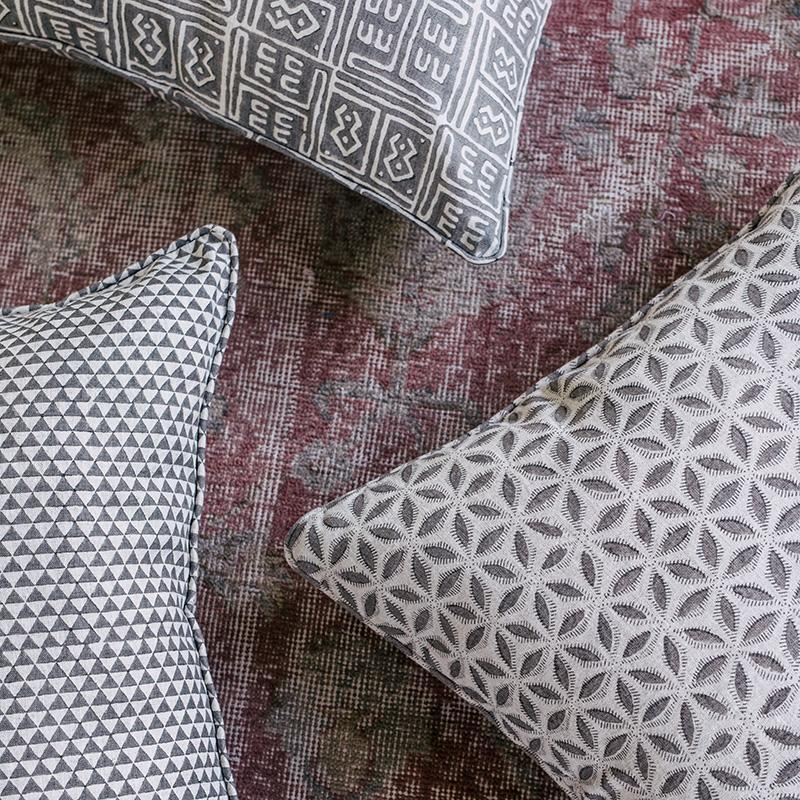 Walter G | Hanami Linen cushion | mud - mix