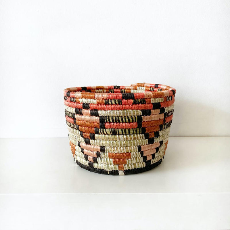 "African woven vessel ""Mwiba"" 